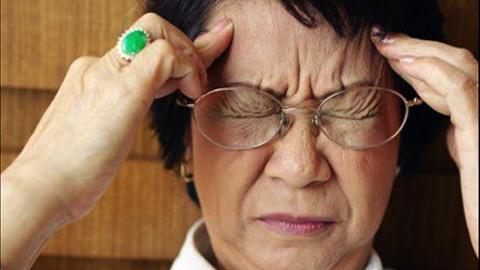Alzheimer - nỗi lo của người cao tuổi