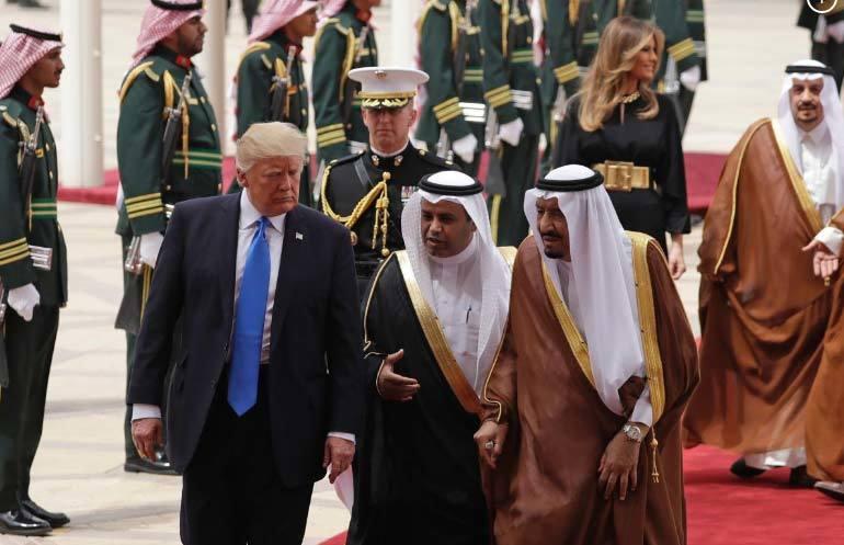 Ông Trump tới Ảrập Xêút, bắt đầu chuyến công du nước ngoài đầu tiên
