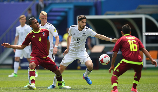 Cú sốc ngày khai mạc: 'Ronaldo' Venezuela khiến U20 Đức ôm hận