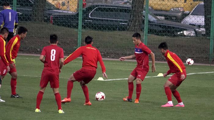 U20 Việt Nam kín như bưng, U20 New Zealand dùng 'chiêu trò'