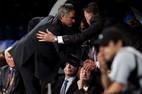 """Mourinho ra ngõ toàn """"kẻ thù"""", MU rơi cảnh tẽn tò"""