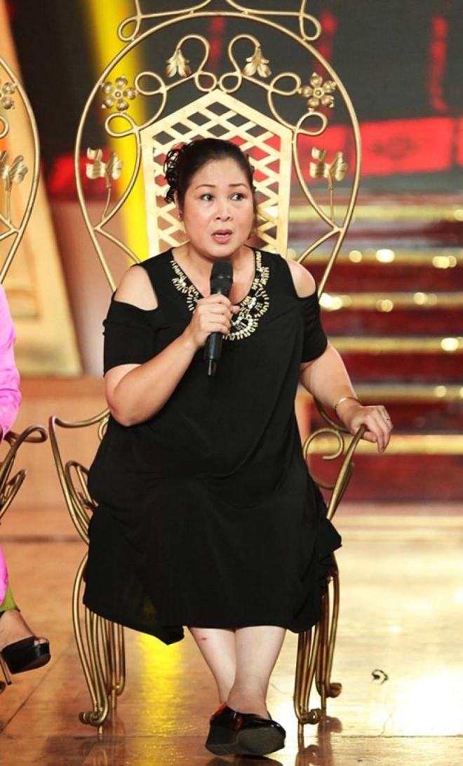 NSND Hồng Vân: 'Buồn khi giờ đây diễn hài lại bị chỉ trích'