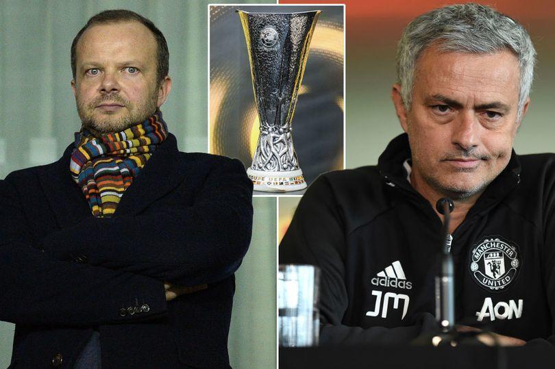 """MU xử """"phũ"""" Mourinho nếu không vô địch Europa League"""
