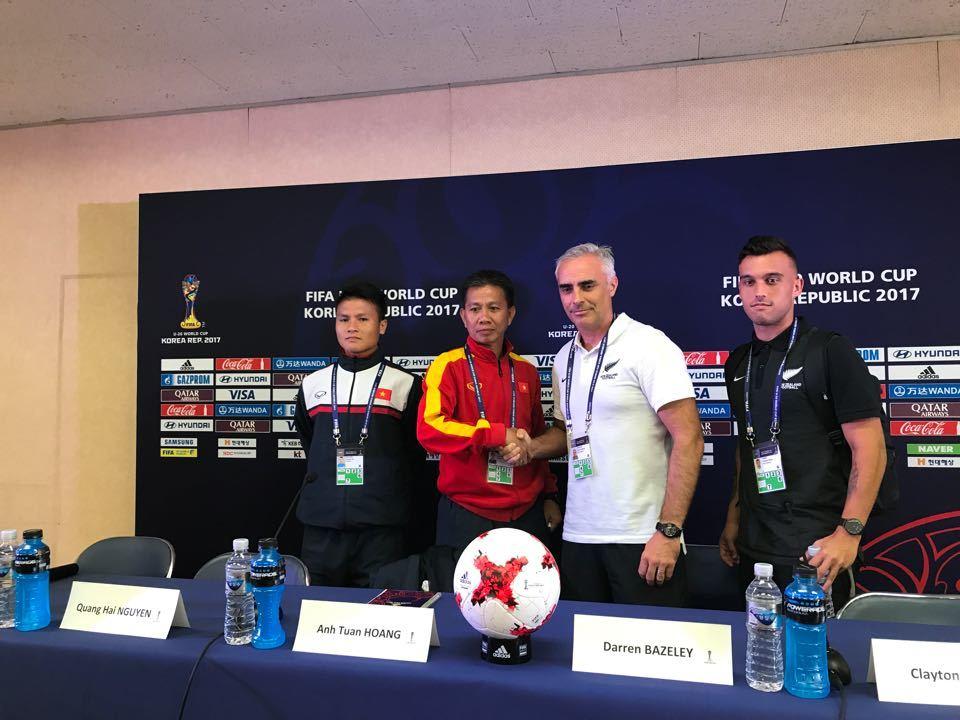 HLV Hoàng Anh Tuấn: 'U20 Việt Nam sẽ vượt qua vòng bảng'