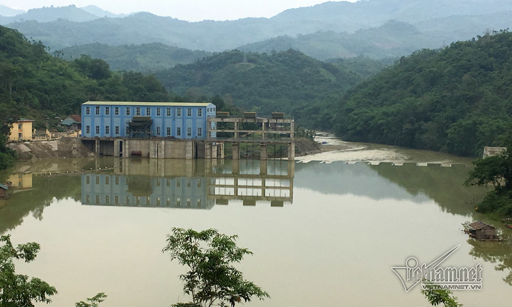 Bội tín tiền tỷ giải phóng mặt bằng xây thủy điện