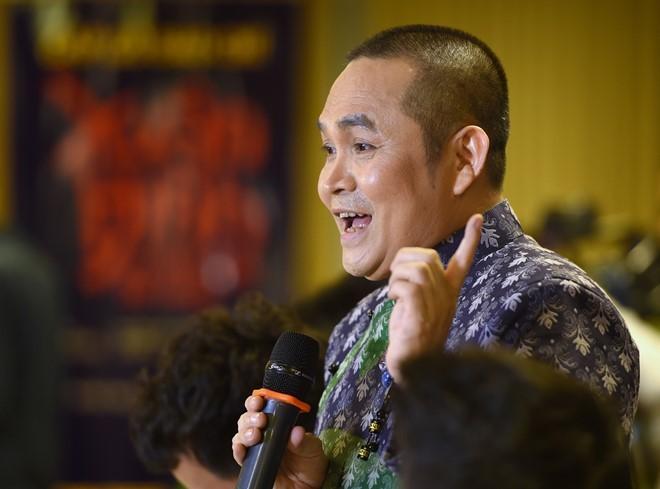 Nghệ sĩ Xuân Hinh bất ngờ đệ đơn xin về hưu sớm