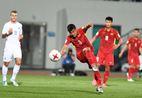 HLV Hoàng Anh Tuấn tự hào về học trò, hài lòng với 1 điểm