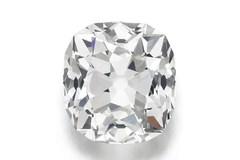 Chiếc nhẫn 10 tỷ được bán với giá đồng nát