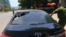 Khó bỏ thói quen đậu ô tô ngoài đường?