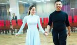 Chí Anh sợ vợ kém 20 tuổi ghen với Khánh Thi