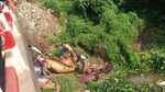 Vớt thi thể có hình xăm dưới sông