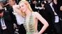 Chiếc váy gây xôn xao trên thảm đỏ Cannes
