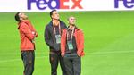 Dàn sao MU không vui nổi khi ra sân đá chung kết