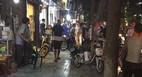 Truy sát ở phố cổ: Chồng thấy vợ đi với chàng trai khác