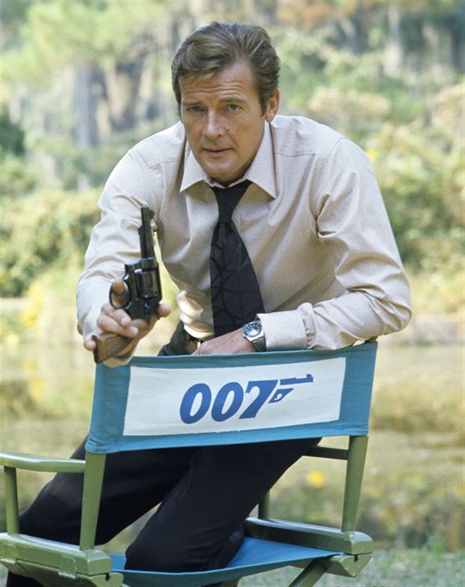 Roger Moore,điệp viên 007