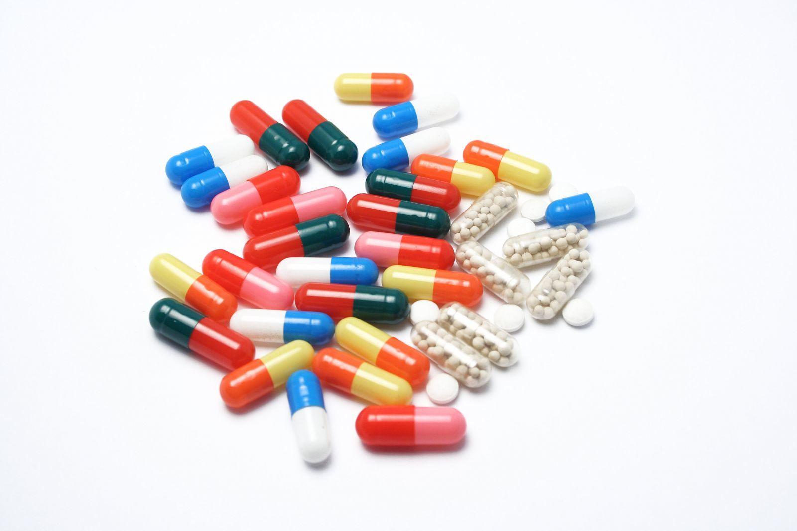 rối loạn tiêu hóa, tác dụng phụ, tâm thần, tiểu tiện
