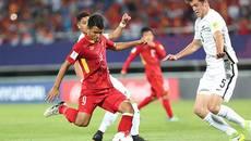 """""""Nóng"""" trong người, sao U20 Việt Nam đòi """"xé luới"""" U20 Pháp"""