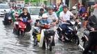 Mưa cả buổi chiều, Sài Gòn lại ngập và kẹt xe kéo dài