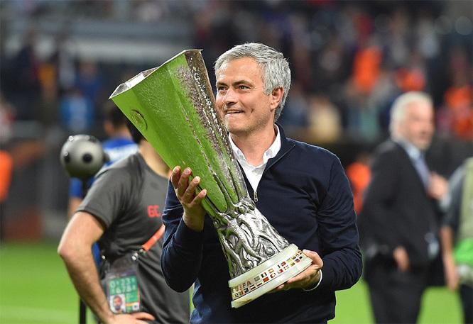 """Mourinho: """"Đoạt vé C1 theo cách này mới khoái"""""""
