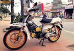Honda Dream II 'ngũ quý 8' loè loẹt nhất vịnh Bắc Bộ