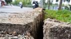 TP.HCM: Mặt đất phát nổ 2 vị trí gần hố ga đường Trường Sa