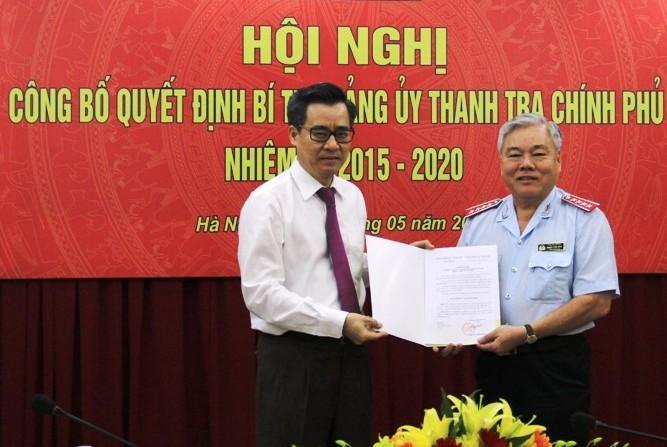 Trao quyết định chỉ định Bí thư Đảng ủy Thanh tra Chính phủ