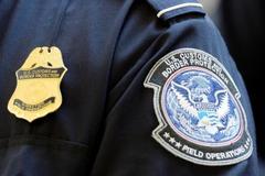 Lệnh cấm nhập cảnh của ông Trump tiếp tục bị chặn