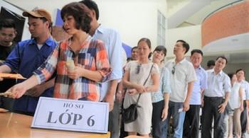 """""""Hàng nghìn hồ sơ đạt điểm 10 tuyệt đối cả Toán và Tiếng Việt suốt 5 năm học"""""""