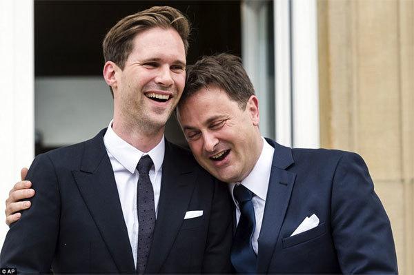 Bạn đời đồng giới điển trai của Thủ tướng Luxembourg