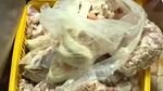 Sản xuất xúc xích từ thịt thối