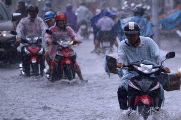 Dự báo thời tiết 27/5: Sài Gòn mưa to, đề phòng lốc xoáy