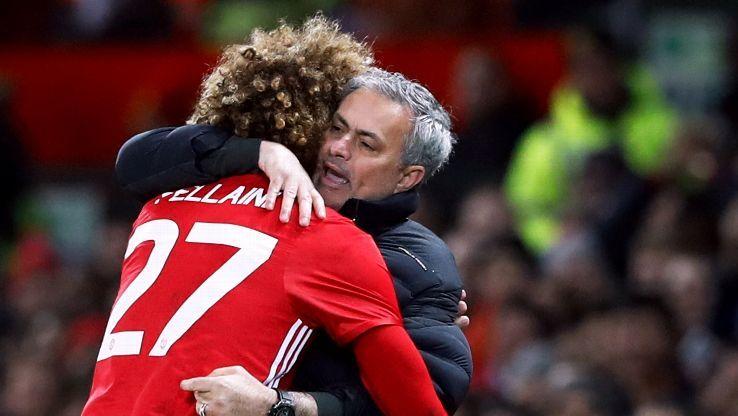 Fellaini thề sẵn sàng gãy chân vì Mourinho