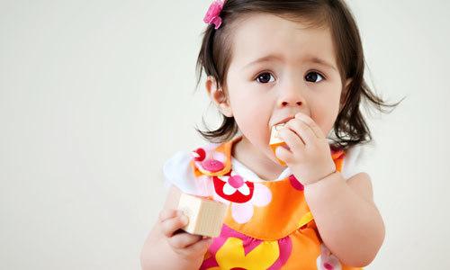 6 cách ăn uống khiến trẻ còi cọc, ốm yếu vào mùa hè