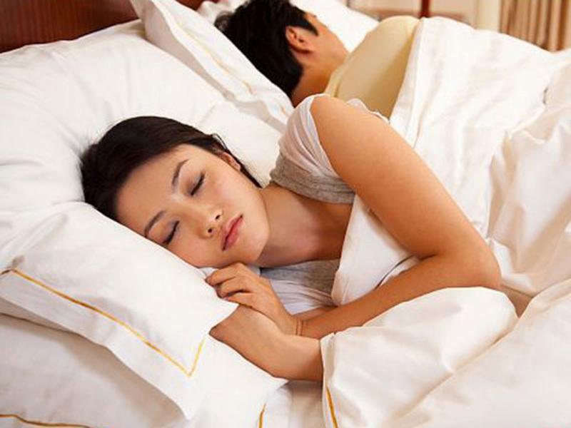 Lý giải hiện tượng 'no sex, đói ngủ' ở đàn ông