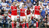 Chelsea 0-1 Arsenal: Cahill cứu nguy trên vạch vôi (H1)