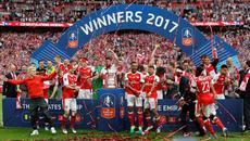 Phút lên ngôi huy hoàng của Pháo thủ Arsenal