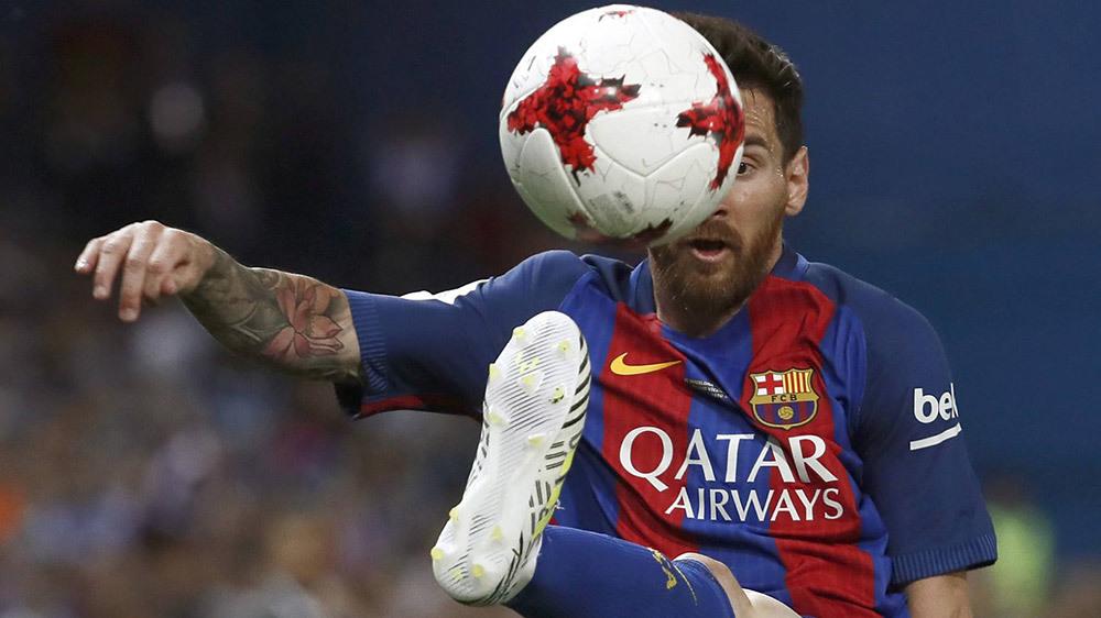 Arsenal tranh hàng MU, Messi dính scandal