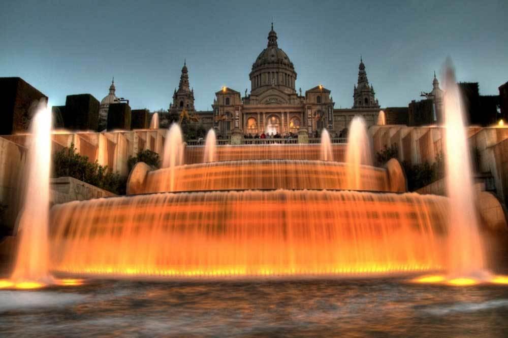 Chiêm ngưỡng 12 kiệt tác đài phun nước đẹp đến choáng ngợp