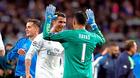 Ronaldo chơi đẹp với MU, bảo Real buông De Gea