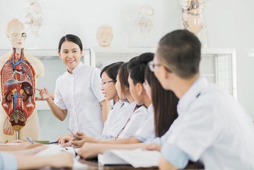 Cơ hội trở thành điều dưỡng viên làm việc ở Nhật