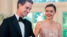 Miranda Kerr hát tặng chồng tỷ phú trong lễ cưới