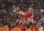 Thành Rome đẫm lệ ngày chia tay Totti