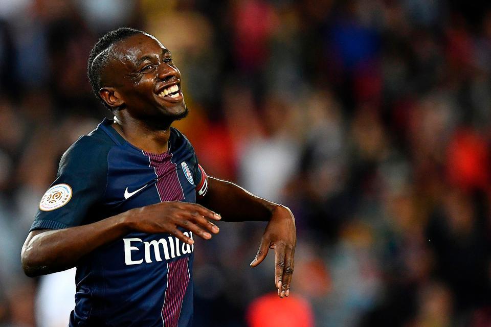 Mourinho khiến Real câm nín, Conte được 'bơm' 200 triệu bảng