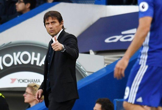 Mourinho nhờ Pogba 'hạ' Pep, Conte 'phế' 9 ông kễnh