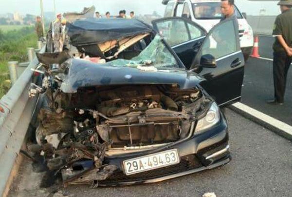 Tai nạn trên cao tốc Hà Nội- Hải Phòng: Tạm giữ lái xe Mercedes