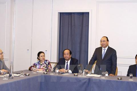 Thủ tướng tiếp doanh nghiệp Việt kiều