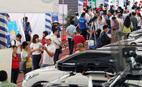 Nghịch lý ôtô Việt Nam: Khi xe rẻ… không rẻ