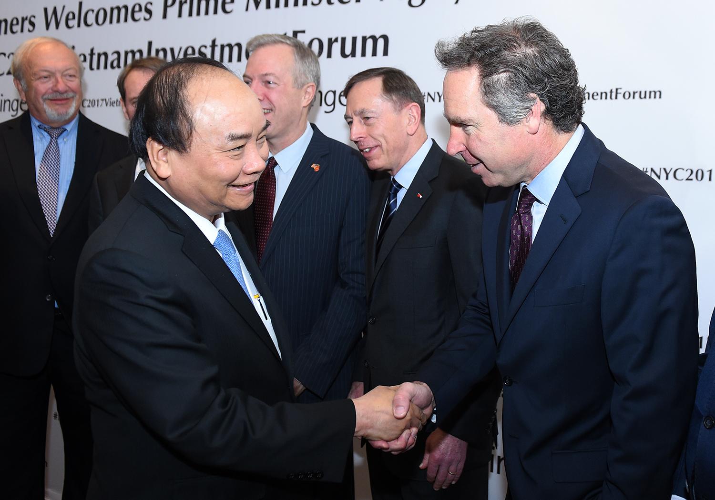 Hình ảnh Thủ tướng dự tọa đàm, tiếp lãnh đạo các tập đoàn Mỹ