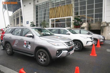 Xe ô tô Toyota 'đại hạ giá' trong tháng 5/2017 tại VN