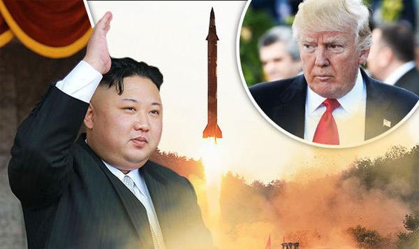 """Kim Jong Un lên kế hoạch chế tạo """"sát thủ tàu sân bay"""""""